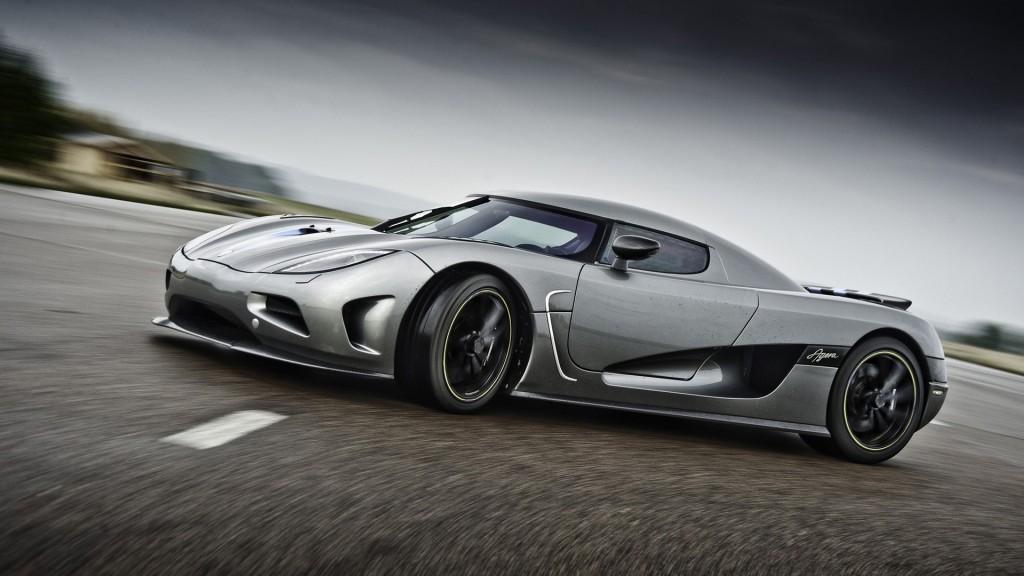 Koenigsegg Agera R - TOP 10 des voitures les plus rapides du monde en 2015